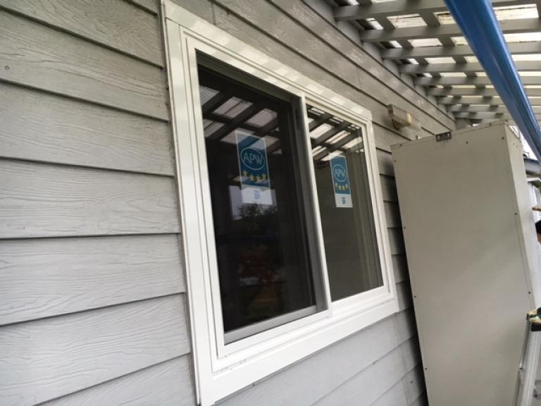 窓の交換施工後